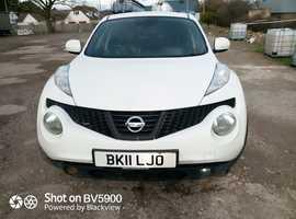 Nissan Juke, 2011 (11) White Hatchback, Manual Petrol, 116,209 miles