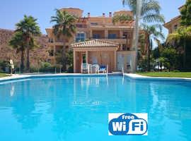 LA VISTA - a fabulous 3 bed holiday Penthouse apartment in Calahonda, Spain (nr Marbella)