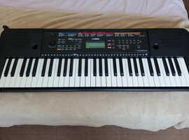 Yamaha PSR E263 61 Key Digital Piano
