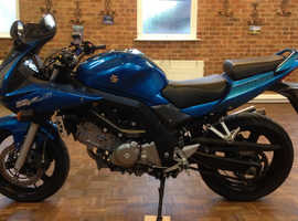 Suzuki SV 650 S 2007 only 16,000 miles. Lovely looking bike with low mileage.