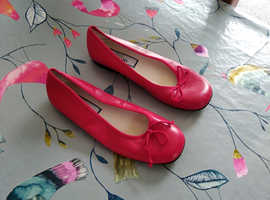 Dolly shoes in leather size 34