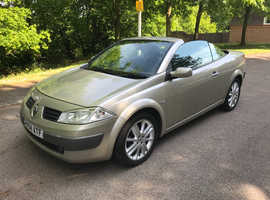 Renault Megane, 2004 (04) Gold Convertible, Manual Petrol, 87,500 miles