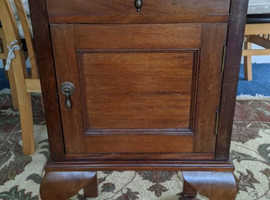Small Mahogany Hall/Telephone/Bedside/Lamp Table/Cabinet with Cupboard and Drawer