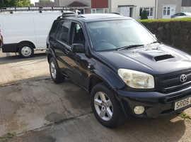 Toyota Rav4, 2005 (05) Black Estate, Manual Diesel, 105,000 miles
