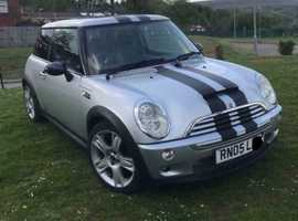 Mini Cooper S Chilli Pack (05) Silver Hatchback, Manual Petrol, 111,000 miles