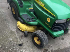 John Deer ride on petrol lawnmower runs spares repair great export D I Y