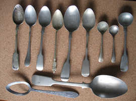 JOB LOT 10 SILVER MARKED SPOONS INCLUDING 1 APOSTLESPOON + 1 JOKE SPOON