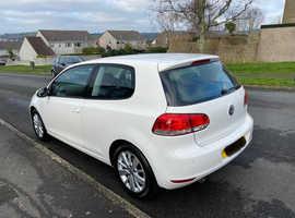 PRICE REDUCED Volkswagen Golf, 2011 (61) White Hatchback, Manual Diesel, 99,500 miles