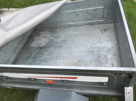 TRAILER FROM HALFORDS ERDI 122 MODEL EXC CONDITION WITH SPARE WHEEL