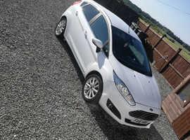 Ford Fiesta, 2016 (16) white hatchback, Manual Diesel, 61,000 miles