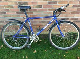 Trek 8000 mountain bike