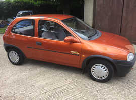 Vauxhall Corsa, 1996 (N) Gold Hatchback, Manual Petrol, 110,000 miles