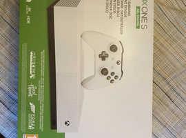 Xbox One S 1 TB All-Digital Edition Console