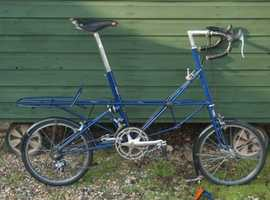 Moulton AM14 with Zipper Fairing and luggage carrier