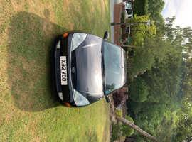 Ford Focus, 2000 (X) Black Hatchback, Manual Petrol, 93,600 miles