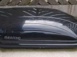 Menabo 320lt Gloss Black Premium Roof Box & Fittings