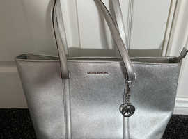 Michael Kors large silver handbag ( genuine )