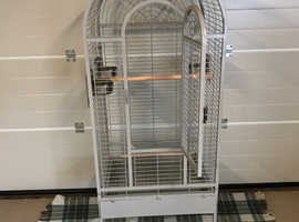 Large parrot cage suit up to a macaw size bird