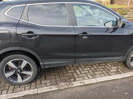 Nissan Qashqai, 2015 (15) Black Hatchback, Manual Diesel, 39,086 miles