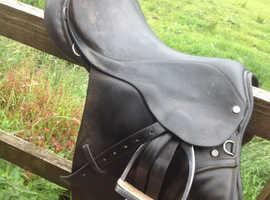 17 inch English Leather Saddle