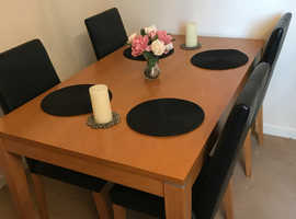 Oak table and four real leather chairs
