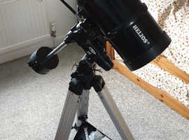Helios 150 Newtonian Reflector astronomical telescope