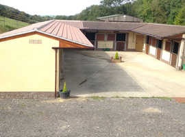 For rent 4/5 stables for sole use on the Mendips