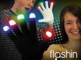 New  Childrens Noveity Light Up Gloves