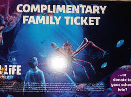 Legoland Discovery/ Sealife centre Manchester full family entrance ticket - 2 adults+2 kids