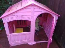 Girls pink playhouse