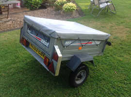 Erde 102 Trailer with Cover.