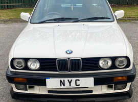 1989 BMW E30 325I MANUAL GEARBOX SALOON - STUNNING VALUE