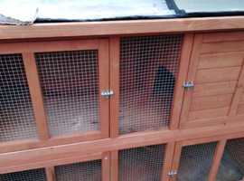 5ft Double Decker bluebell Hideaway Hutch for Rabbits Guinea Pigs and ferrets
