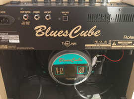 Roland  Blues Cube Hot Guitar Amplifier