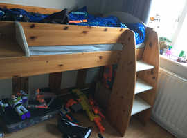 Cabin bed & matching cabinets