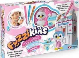 Ice Cream Parler FUZZI STREET - COLOUR, WASH & PLAY CUTE FUZZY PETS!