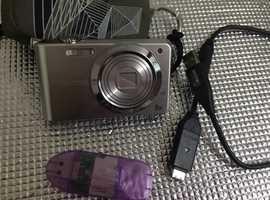 Samsung digital camera PL80. LCD monitors