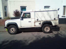 Land Rover 110, 1998 (R) White 4x4, Manual Diesel, 199,000 miles