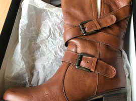Womens Dune Leather Boots