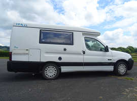 Romahome HyLo motorhome, 2 berth, air con, heating - ready to go!