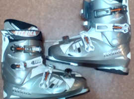 Tecnika mega ski boots