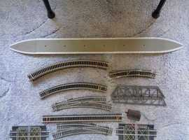 HORNBY 00 GAUGE MODEL TRAIN BATCH, TRACK VARIOUS, SEE PHOTOS