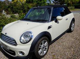 Mini MINI, Cooper 2011 (11) White Convertible, Manual Petrol, 107,000 miles