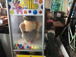 Nellie arcade machine