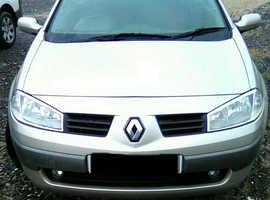 Renault Megane, 2005 (55) Gold Convertible, Manual Petrol, 87,000 miles