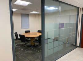 Desks to rent in Modern Offices