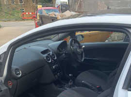 Vauxhall Corsa, 2012 (62) White Hatchback, Manual Petrol, 47,000 miles