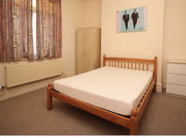 2 spacious double rooms to rent £600 for both