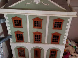 Massive dolls house , Emporium queen anne