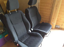 Suzuki Swift SZ2 seats, pair, excellent condition